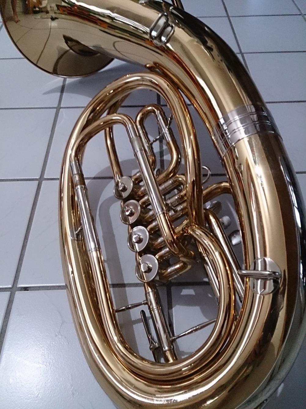 Verkaufe Miraphone Bariton 56L Premium - Musiktreff.info
